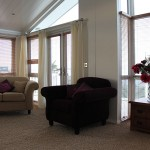 sofas window